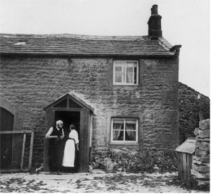 Hilltop Cottage - William & Hannah Longthorne c1920